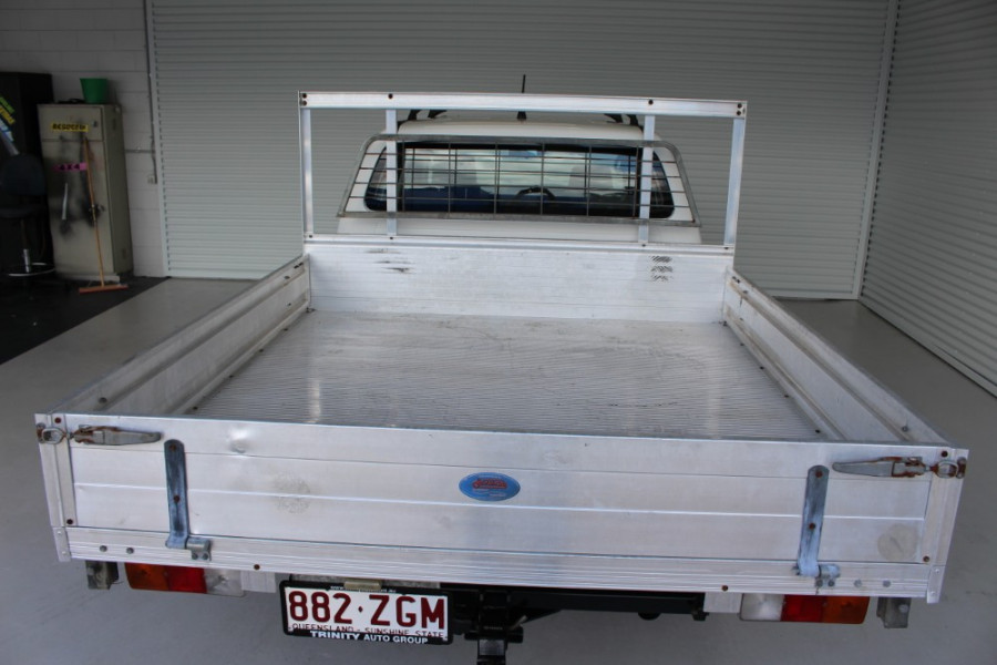 2013 MY12 Toyota HiLux KUN26R MY12 WORKMATE Cab chassis Image 8