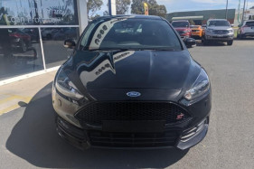 2018 Ford Focus LZ ST Hatch Image 3