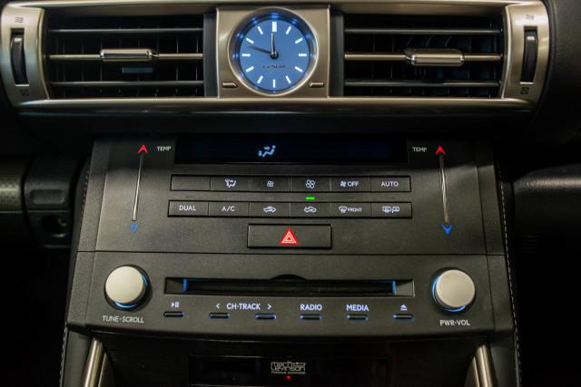 2016 Lexus Is GSE31R 350 F Sport Sedan Image 27