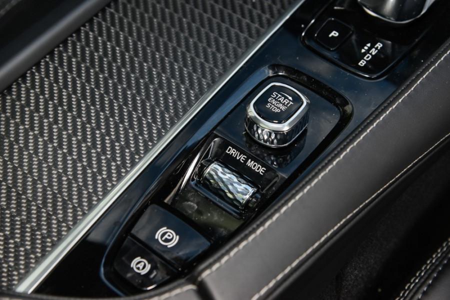2018 MY19 Volvo XC90 L Series T8 R-Design Suv Mobile Image 13
