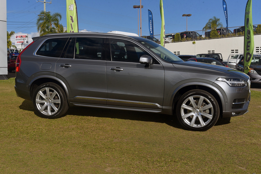 2016 Volvo XC90 Vehicle Description. L  MY16 D5 INSCRIPTIO WAG GEAR 8SP 2.0D D5 Suv Mobile Image 4