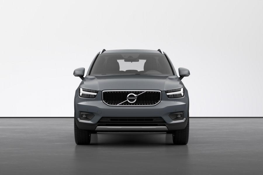 2021 Volvo XC40 XZ T4 Momentum Suv