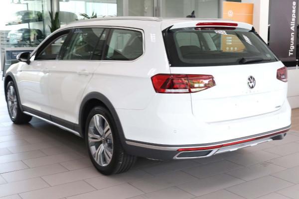 2020 MY21 Volkswagen Passat B8 Passat Wagon Image 2