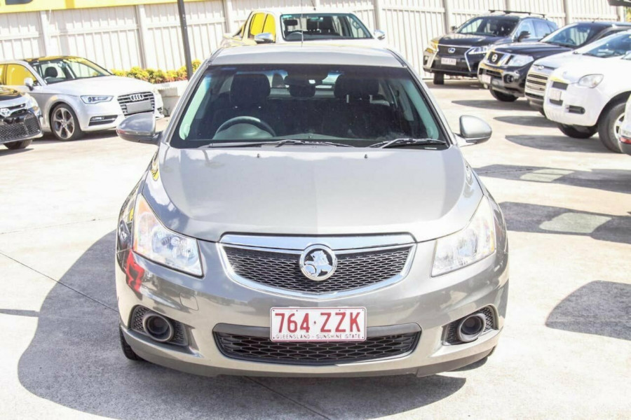 2012 Holden Cruze JH MY12 Equipe Hatchback Image 3