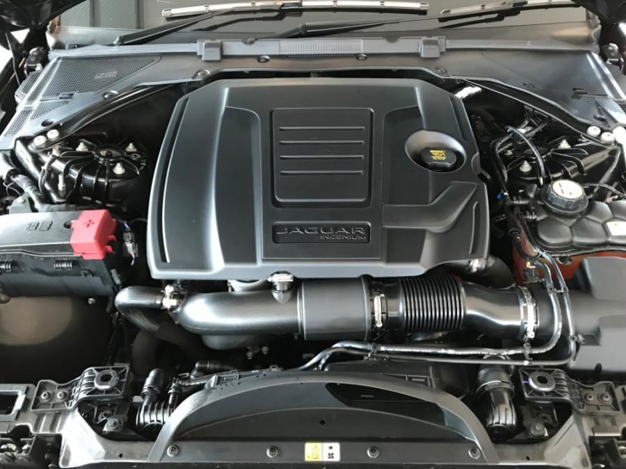 2019 MY20 Jaguar XE X760 R-Dynamic SE Sedan