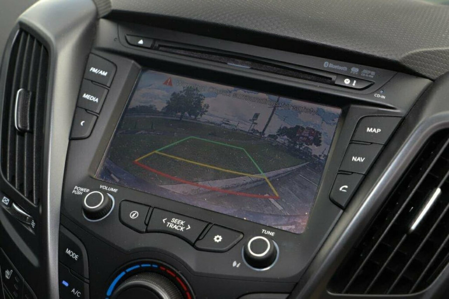 2016 Hyundai Veloster FS5 Series II Street Hatchback Image 19