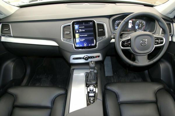 2019 Volvo XC90 L Series T6 Momentum Suv Image 5