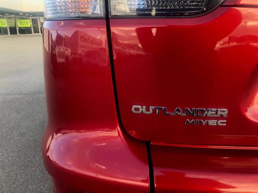 2011 Mitsubishi Outlander ZH  LS Suv