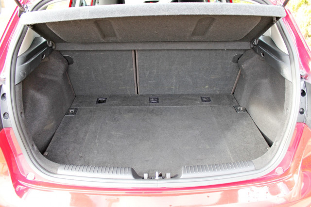 2017 Kia Cerato YD  S Hatchback Mobile Image 9