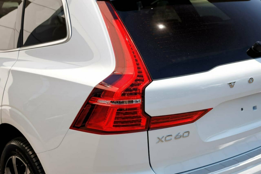 2019 MY20 Volvo XC60 UZ D4 Inscription Suv Image 19