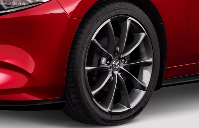18- INCH SATIN CHROME ALLOY WHEELS