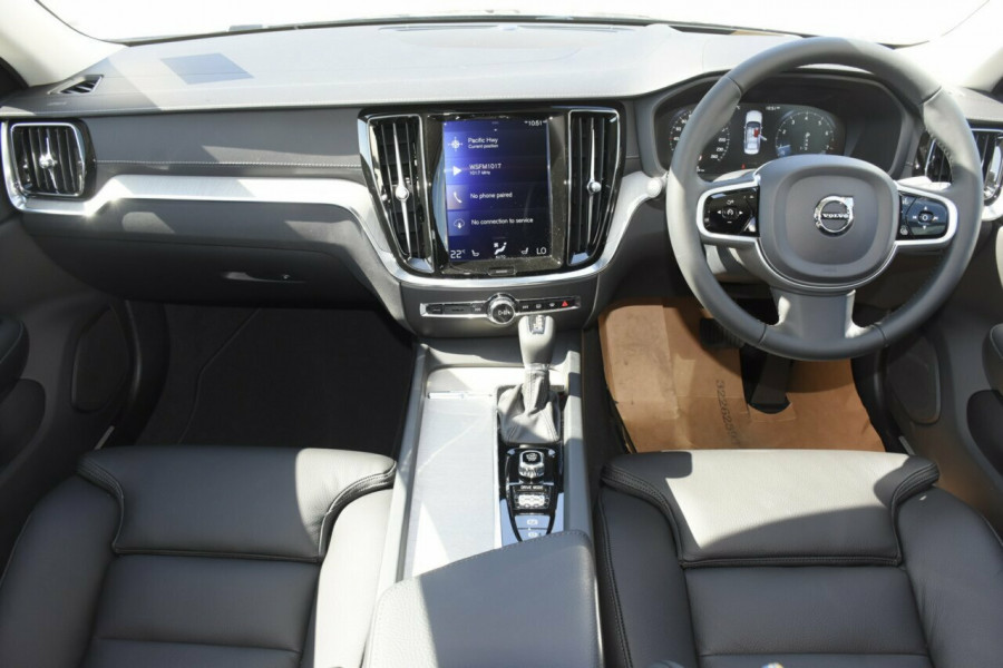2020 Volvo S60 Z Series T5 Inscription Sedan Image 5
