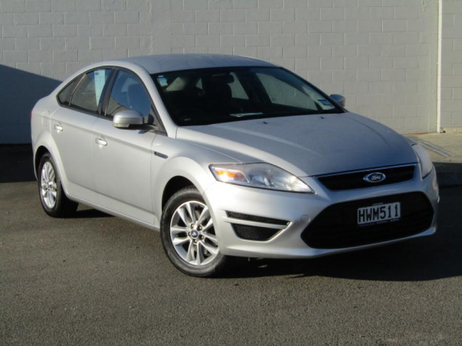 2015 Ford Mondeo 2.3p Auto Sedan