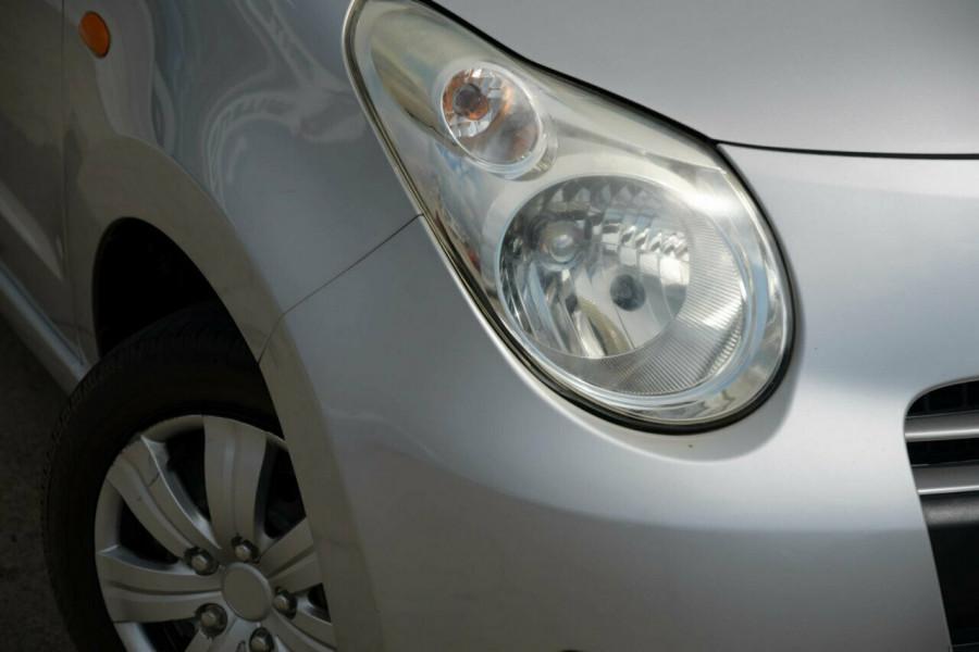 2010 Suzuki Alto GF GL Hatchback Image 6