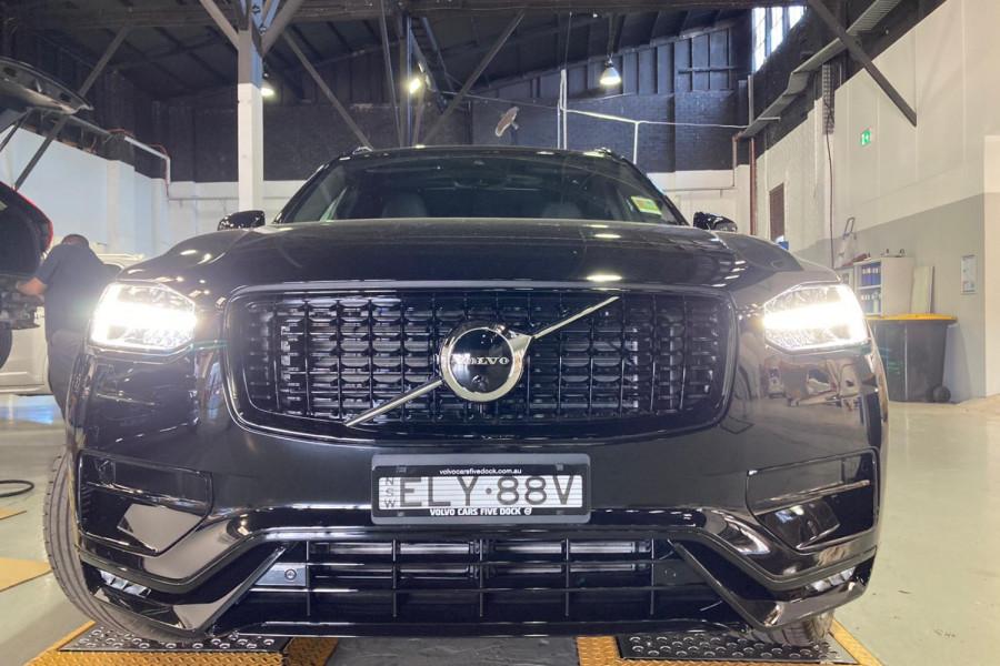 2021 Volvo XC90 T6 R-Design