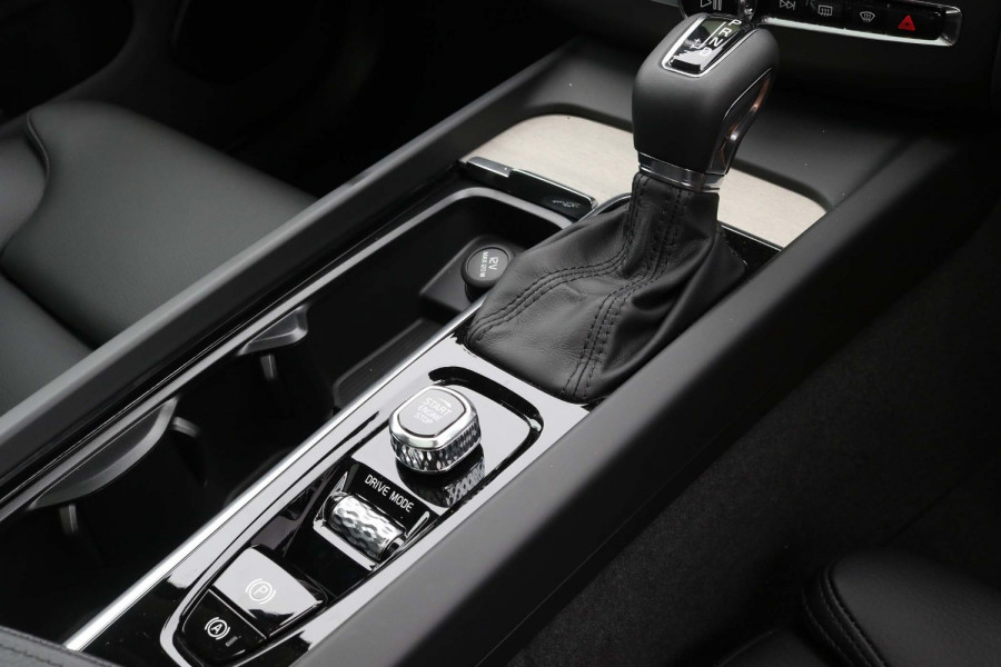 2020 Volvo XC60 UZ T5 Inscription Suv Image 17