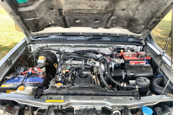 2006 Nissan Navara D22 S2 ST-R Ute Image 3