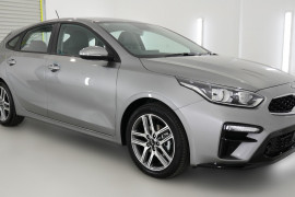 2019 MY20 Kia Cerato Hatch BD Sport Plus with Safety Pack Hatchback Image 3