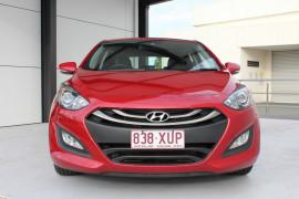 2014 Hyundai i30 GD2 Trophy Hatch Image 2