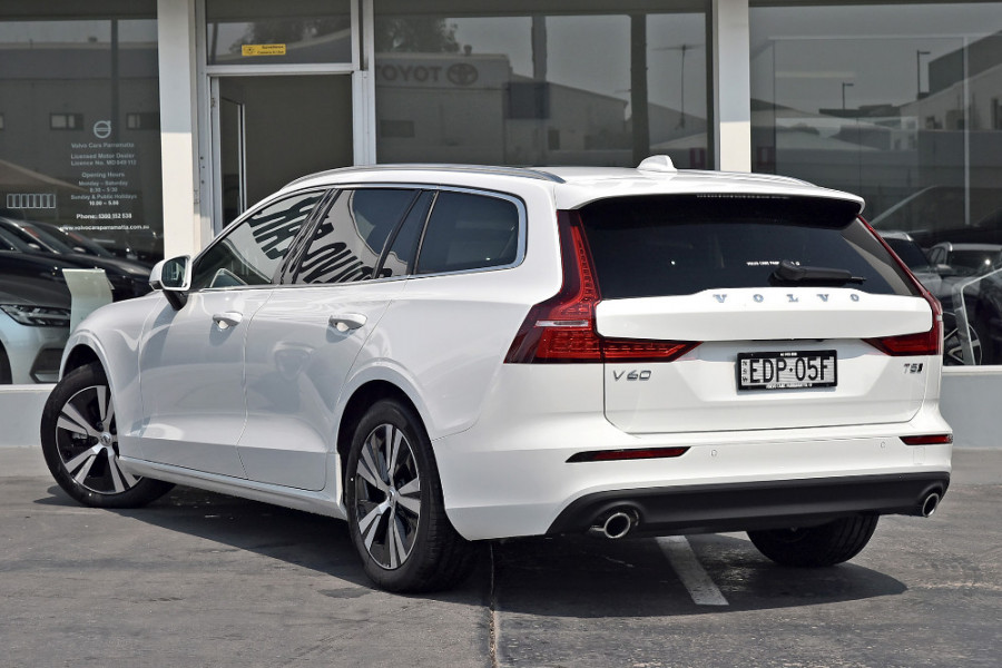2019 MY20 Volvo V60 (No Series) T5 Momentum Wagon Mobile Image 2