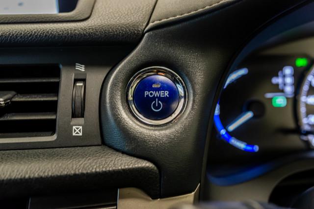 2016 Lexus Ct Hatchback Image 39