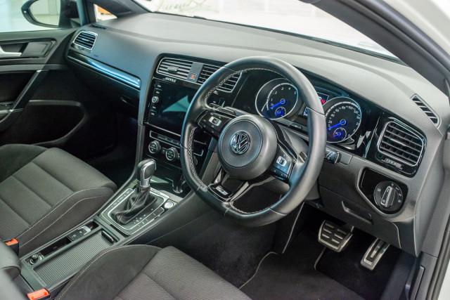 2017 MY18 Volkswagen Golf 7.5 R Grid Edition Hatch Image 18