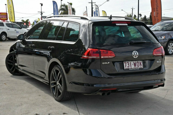 2015 MY16 Volkswagen Golf VII MY16 110TSI DSG Highline Wagon Image 3