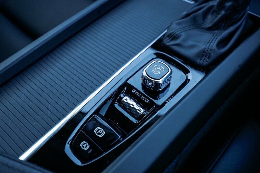 2020 Volvo XC60 UZ T5 Momentum Suv Image 23