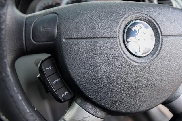 2007 Holden Viva JF MY08 Hatchback Image 8