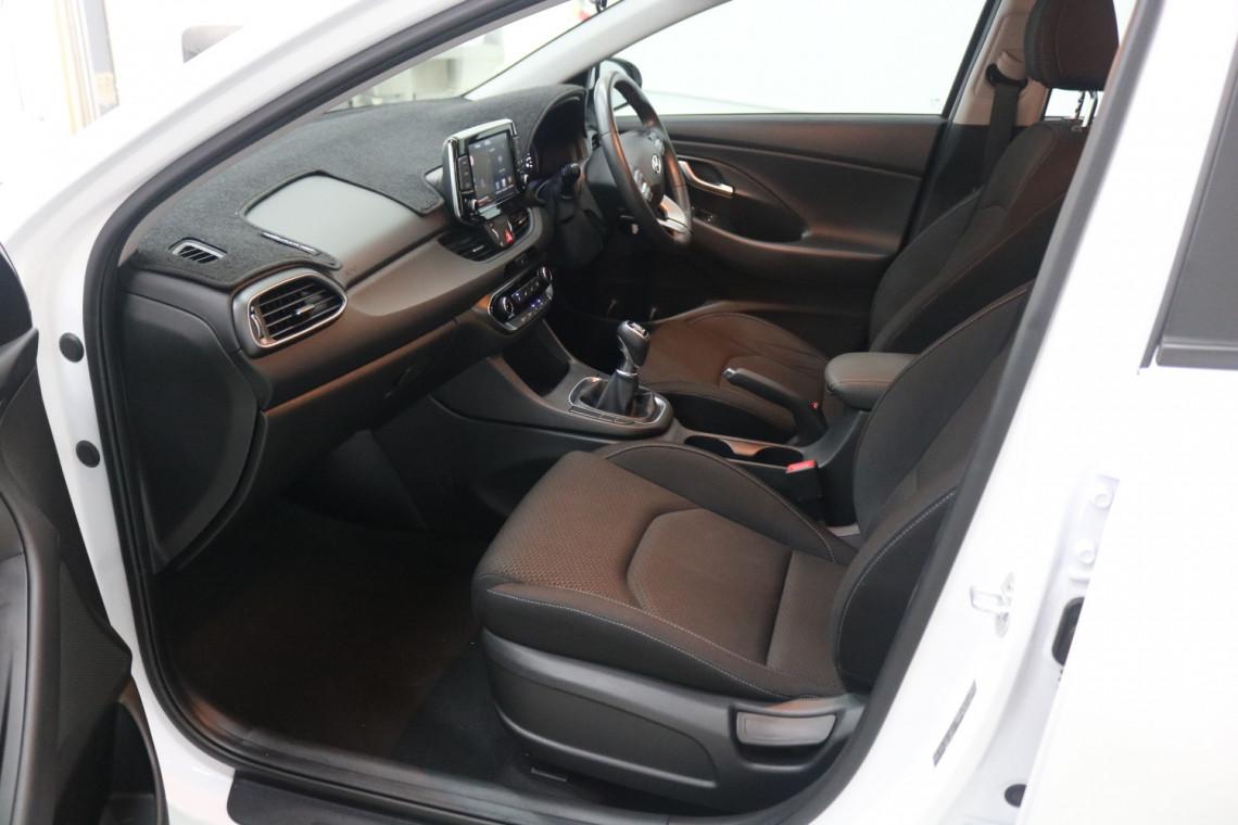 2019 MY20 Hyundai i30 PD2 Active Hatchback Image 7
