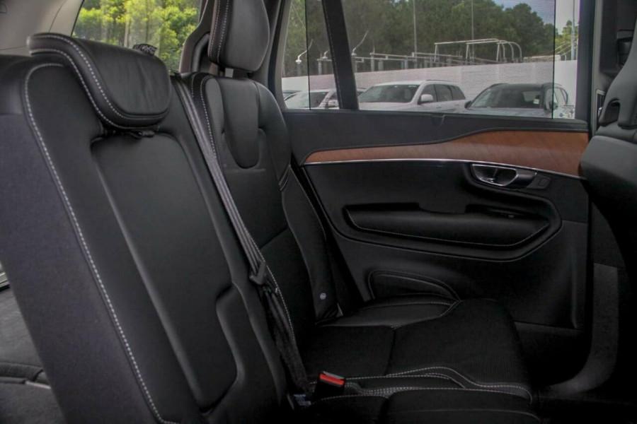 2019 Volvo XC90 L Series D5 Inscription Suv Image 9