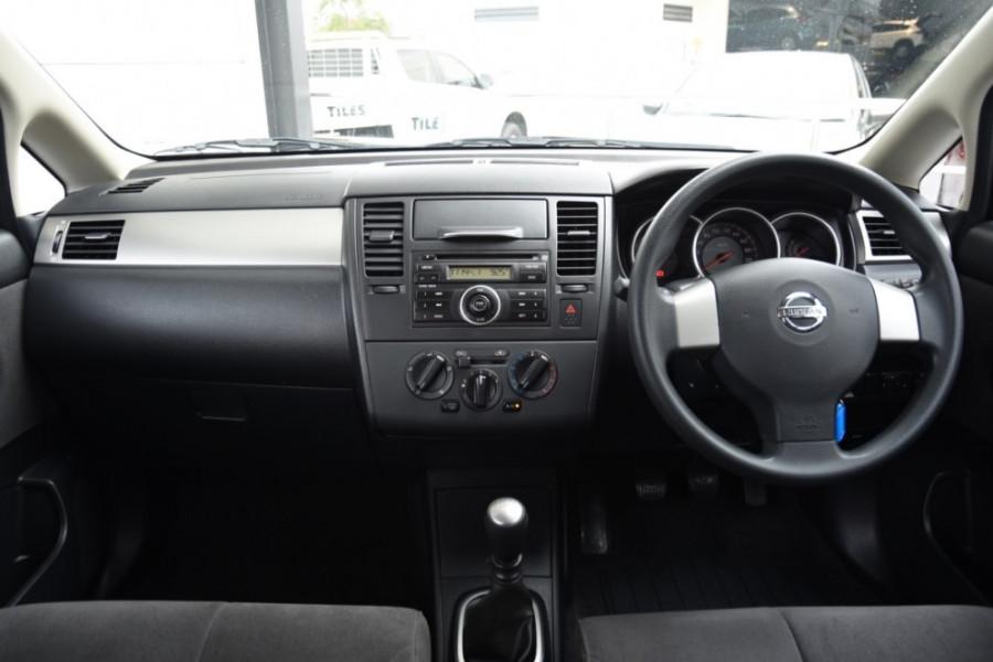2007 Nissan Tiida C11 MY07 ST-L Hatch Image 8