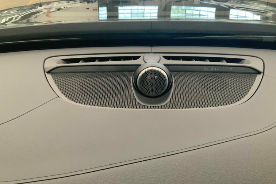 2018 MY19 Volvo XC90 256 MY19 D5 R-Design (AWD) Suv Image 17