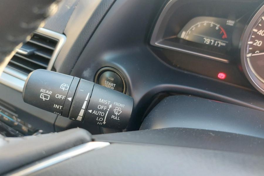2015 Mazda 3 BM5436 SP25 Hatchback Image 22