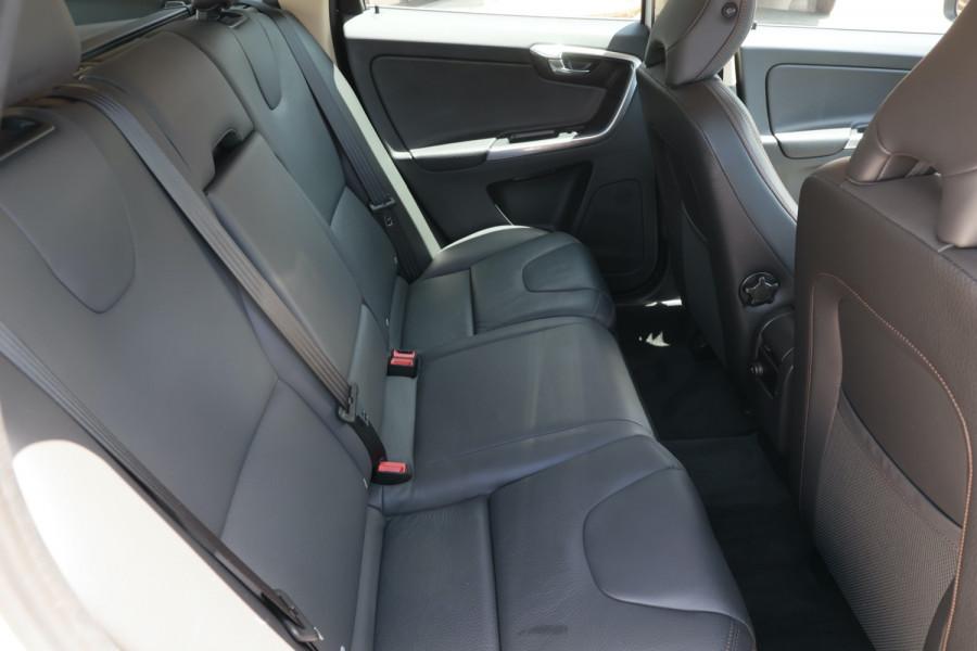 2013 Volvo XC60 DZ MY13 D5 Suv Image 6