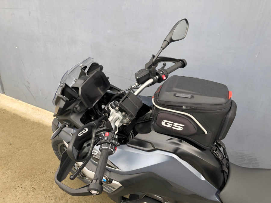 2020 BMW F750GS Tour Motorcycle Image 17