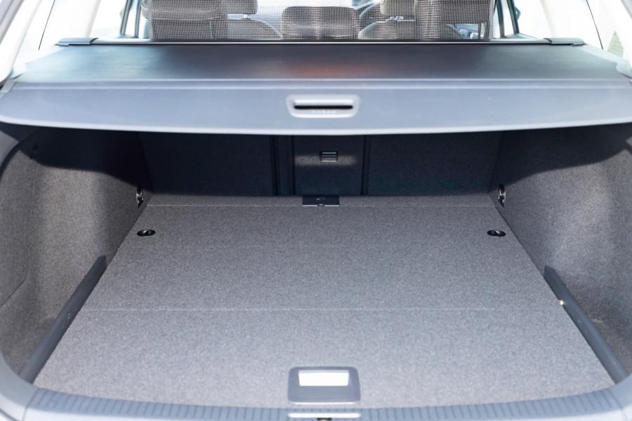 2020 MY0  Volkswagen Golf 7.5 Alltrack 132TSI Premium Wagon Image 16