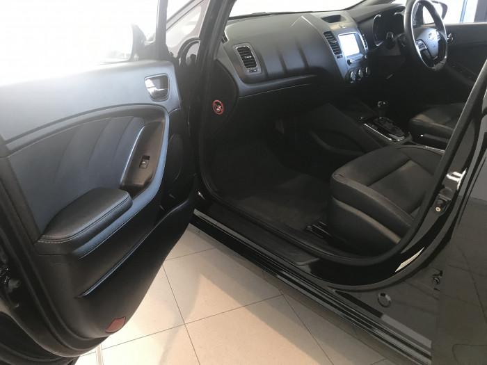 2018 Kia Cerato YD MY18 Sport+ Hatchback Image 17