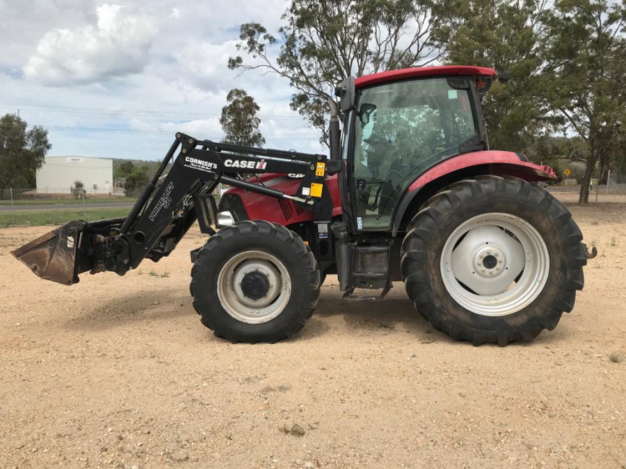 2011 Case IH MAX110 Tractor crawler Image 10