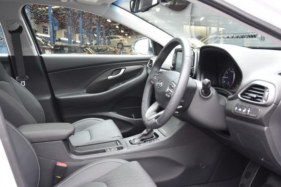 2019 Hyundai i30 PD2 Premium Hatchback Image 10