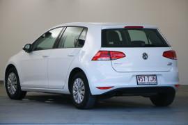 2013 Volkswagen Golf VII 90TSI Hatchback Image 3
