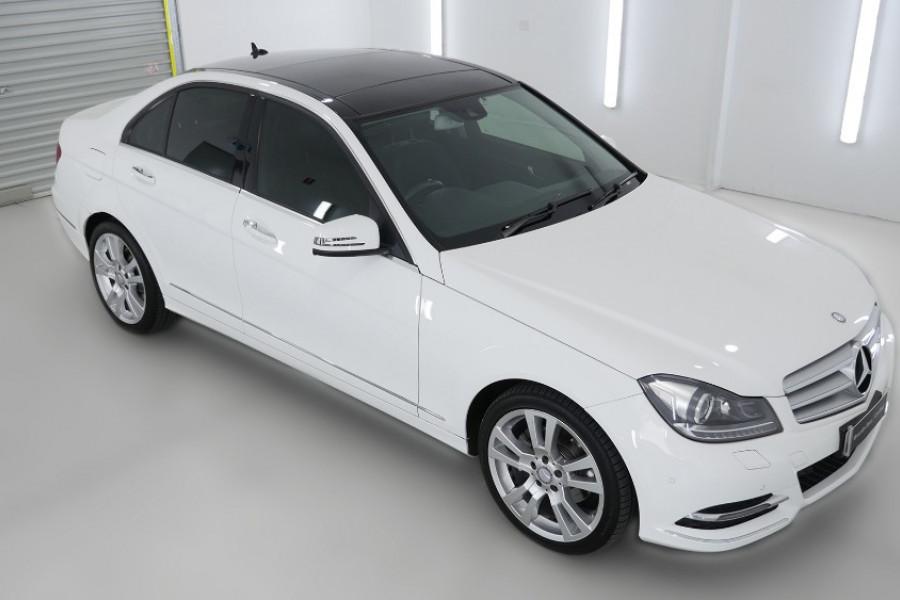 2012 MY13 Mercedes-Benz C250 W204 MY13 C250 BlueEFFICIENCY Sedan