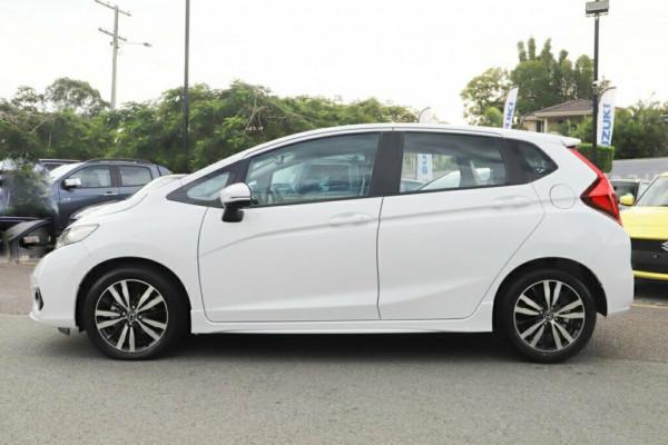 2020 Honda Jazz Hatchback Image 4