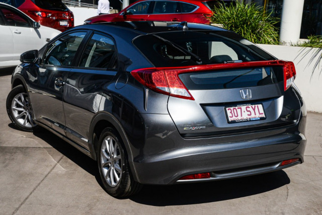 2012 Honda Civic 9th Gen VTi-S Hatchback Image 2