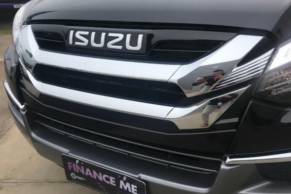 2019 Isuzu UTE MU-X LS-T 4x2 Wagon Image 3