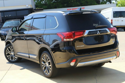 2017 Mitsubishi Outlander ZK MY17 LS 2WD Safety Pack Suv Image 2