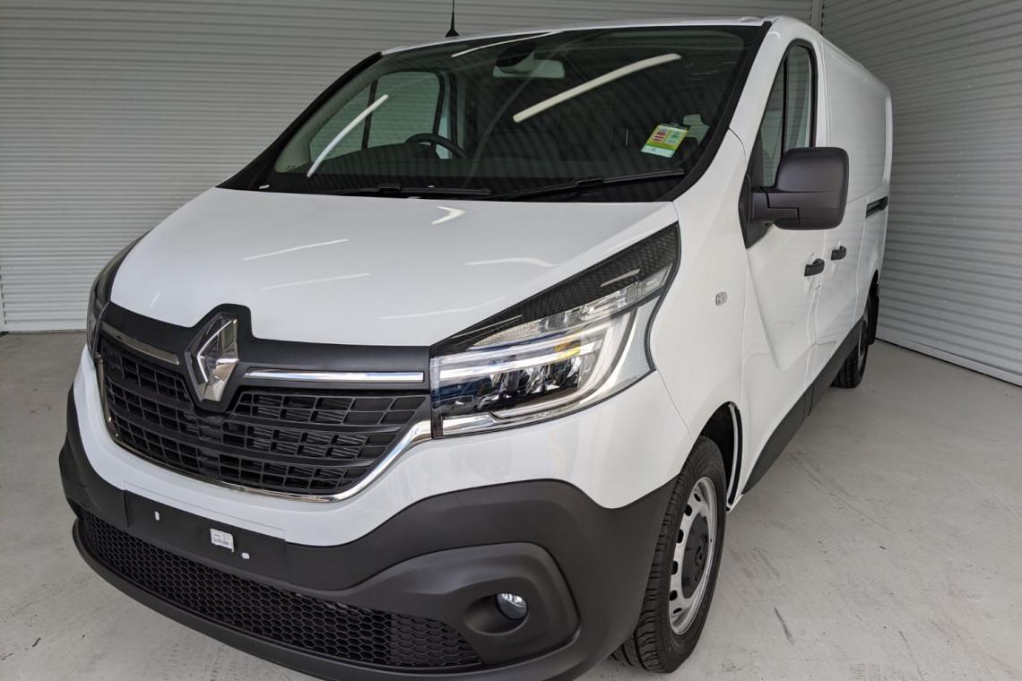 2021 Renault Trafic L2H1 LWB Pro Van Image 2