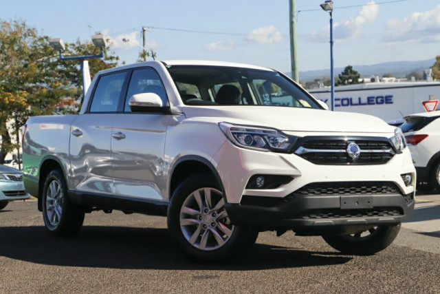 2019 SsangYong Musso Ultimate 1 of 22