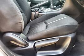 2017 Mazda 3 BN5476 Maxx Hatch Image 5