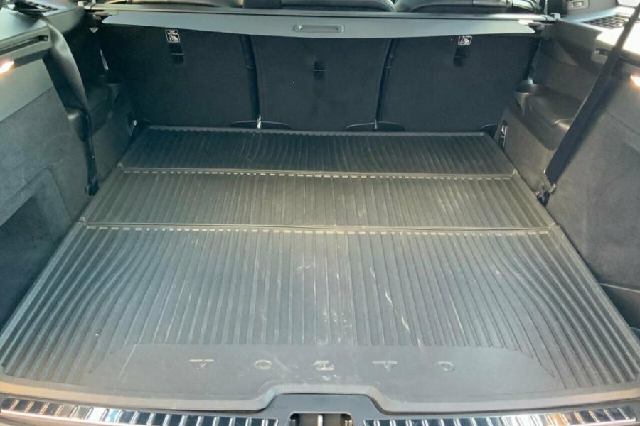 2018 MY19 Volvo XC90 256 MY19 D5 R-Design (AWD) Suv Mobile Image 8